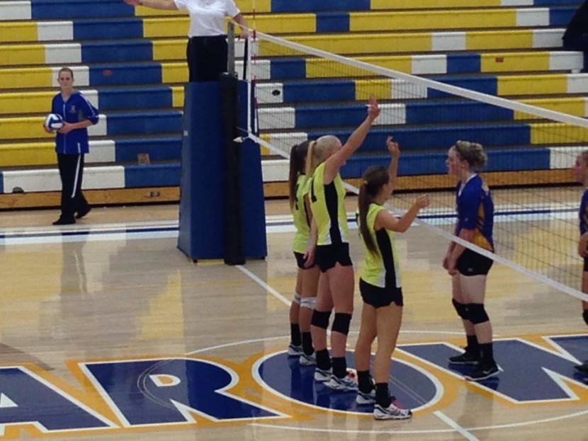 Lady Wolves Play Parowan with Ease