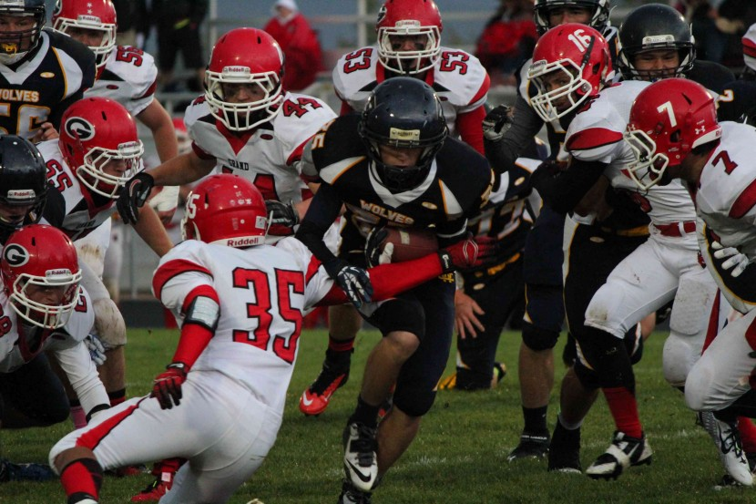 Enterprise Blows out Grand County in Homecoming Game