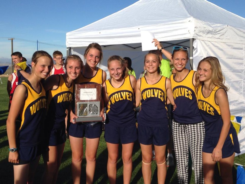 EHS Cross Country Girls Take it 4 Years in a Row