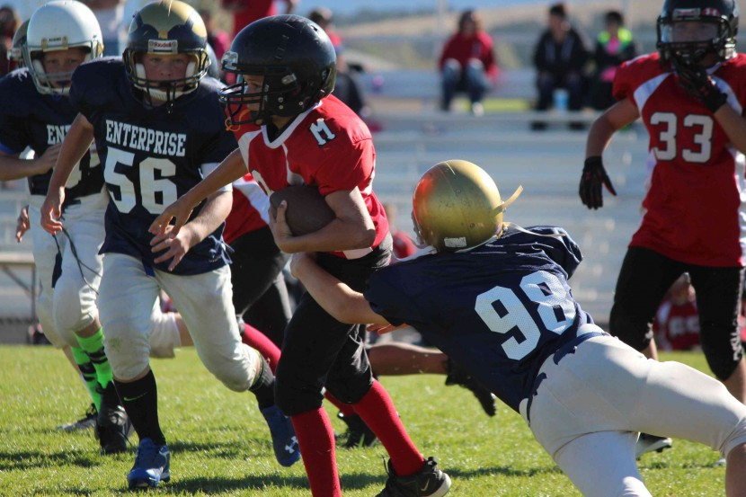 5th and 6th Grade Football Squeak By Milford