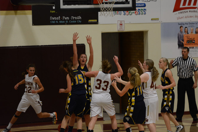 Enterprise Girls Basketball: Cedar Sends Enterprise to Regroup