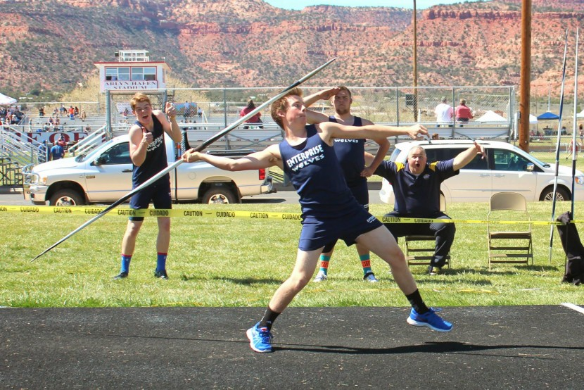EHS Track and Field Takes 2nd in Kanab