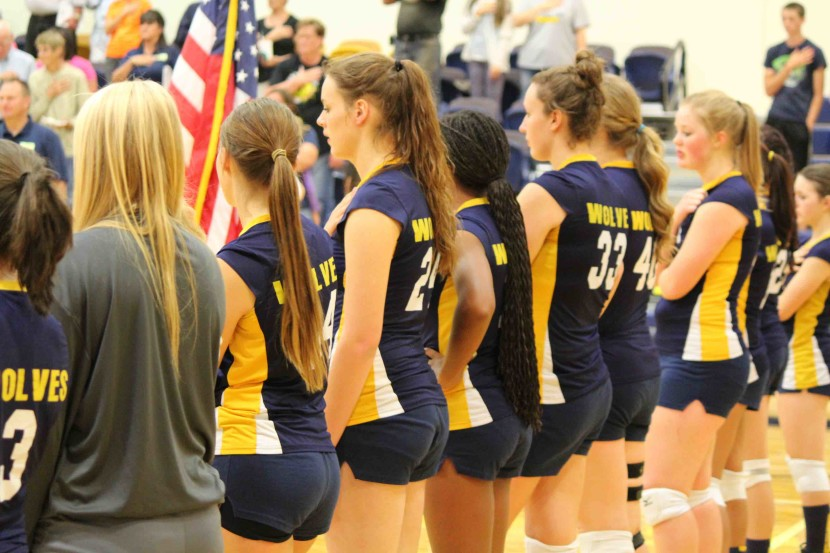 EHS Volleyball: The Wolves Are Taking The Beavers LIVE!