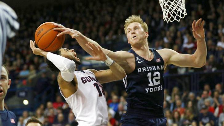 BYU upsets No. 1 Gonzaga on the road